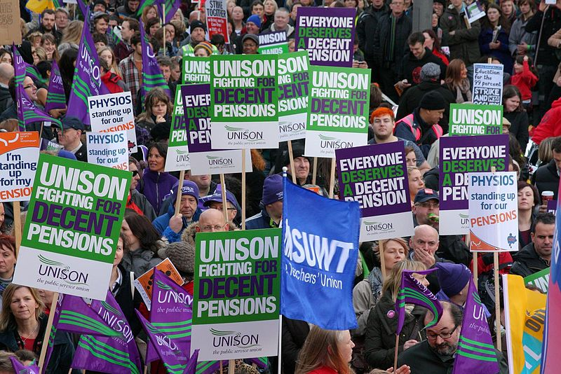 File:Leeds public sector pensions strike in November 2011 9.jpg