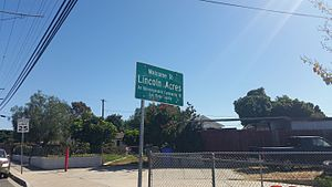Lincoln Acres, California - Community sign