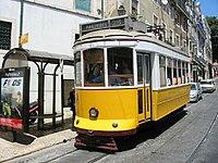 Lisbon tram 563, July 2005.jpg