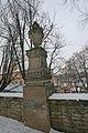 Litomyšl sochy na zdi zámecké zahrady5.JPG