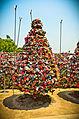 Lock tree (6122943024).jpg