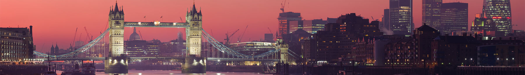 London's burningː Tower Bridge at sunset.