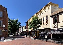 Loudoun Street Mall, July 2020