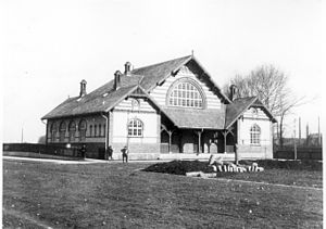 Lygten Station - Lygten Station shortly after it was built in 1906