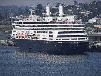 MS Amsterdam from Elliott Bay, Seattle 5.jpg