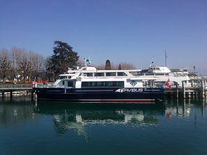 MS Navibus Genève 13.03.2012.jpg