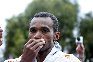 Markos Geneti - Markos Geneti at the 2011 Los Angeles Marathon