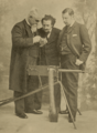 Maxim, Cassier and Smith with Machine Gun for Germany - Cassier's 1895-04 (cropped).png