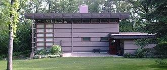 Marshall Erdman Prefab Houses - Image: Mc Bean House Rochester MN2006 05 24