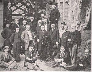 Guild of St. Bernulphus - St. Bernulphus Guild in 1900. To right stands Gerald van Heukelum, founder.
