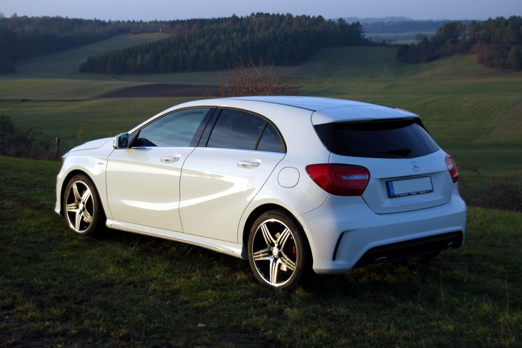 file mercedes benz a 250 sport w176. Black Bedroom Furniture Sets. Home Design Ideas