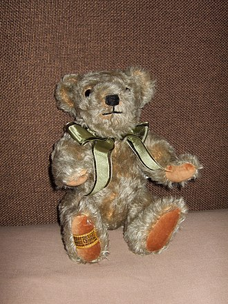 Merrythought - Image: Merrythought Henry bear 2011