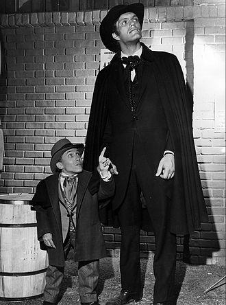 Michael Dunn (actor) - Dunn (left) with Richard Kiel on The Wild Wild West.