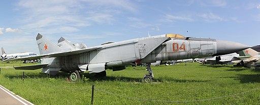 "Mikoyan-Gurevich MiG-25, NATO ""Foxbat"" (8911300222) (2)"
