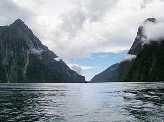 Marine protected area - Image: Milford sound 2004