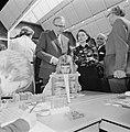 Minister Kemenade opent internationale onderwijs tentoonstelling in Utrecht, nr, Bestanddeelnr 927-1154.jpg