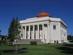 Modoc County Courthouse, Alturas, California (218926074).jpg