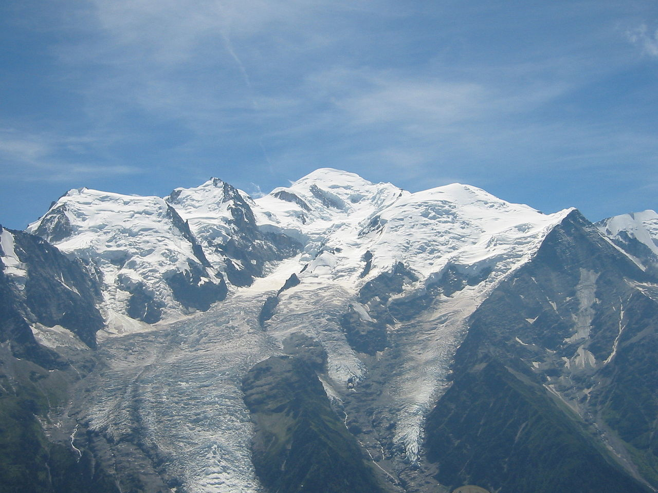1280px Mont Blanc depuis Br%C3%A9vent 2006
