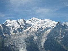 Mont Blanc du Tacul (far left), Mont Maudit (left) and Mont Blanc (centre)