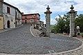 Montefusco - Porta di ingresso del borgo.jpg