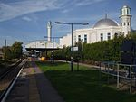 Morden South stn look north to mosque.JPG