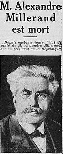 Krantenartikel waarin de dood van de man op de foto wordt vermeld