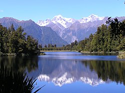 Mount Cook on Lake Matheson