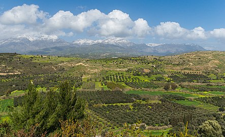 Mount Ida chain Messara plain from Phaistos Crete Greece.jpg