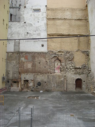 Christian Walls of Madrid - Cloth of the Walls in the Calle Escalinata (near the Plaza de Isabel II).