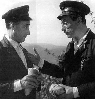 Eduardo De Filippo - Totò and Eduardo De Filippo in Napoli Milionaria.