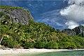 Natnat beach on Cadlao Island - panoramio - Tuderna (1).jpg