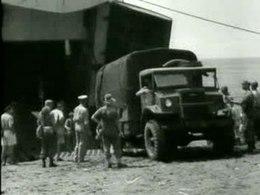 Bestand:Nieuws uit Indië, landing van Nederlandse troepen op Bali Weeknummer 46-14 - Open Beelden - 16667.ogv