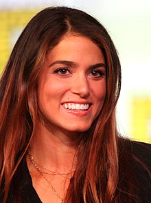 Nikki Reed interprète Sadie Campbell.
