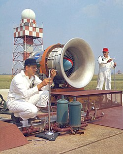 Aircraft noise pollution - Wikipedia