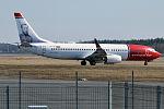 Norwegian (Otto Sverdrup Livery), LN-DYO, Boeing 737-8JP (26176958151).jpg