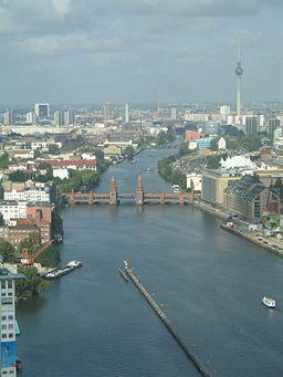 Oberbaumbruecke beim Berliner Osthafen