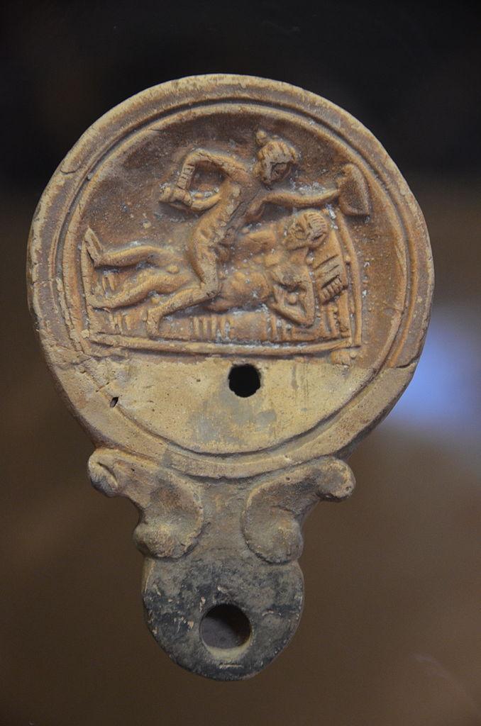 File Oil Lamp With Erotic Scene Romisch Germanisches