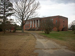 Linden, North Carolina - The long-since closed Linden School