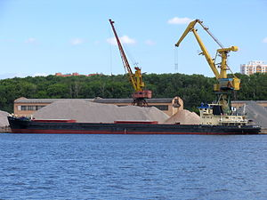 Omskiy-20 in North River Port 20-jun-2012 02.JPG