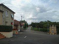 Orbessan - Place du village.jpg