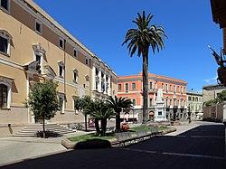Oristano, piazza eleonora 01.jpg