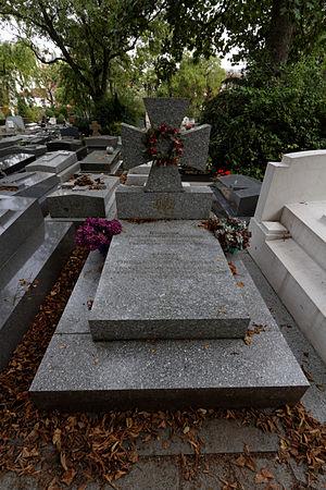Mykhailo Omelianovych-Pavlenko - Grave in Père Lachaise Cemetery.