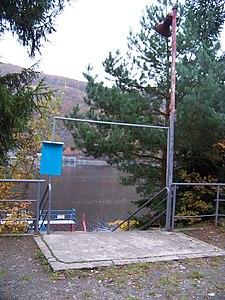 Přístaviště Slapy, přehrada, přístup k molu.jpg