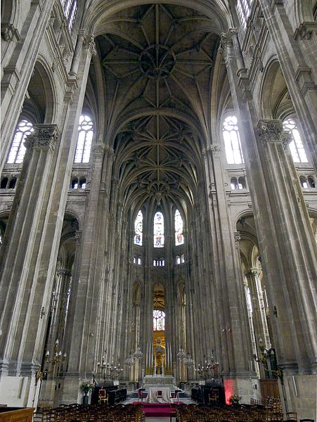 File:P1020661 Paris Ier Eglise Saint-Eustache Nef rwk.JPG