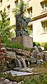 P1110057 Montserrat, Plaça de lAbat Oliba, statue de labbé fondateur de labbaye en 1025 (6350655387).jpg