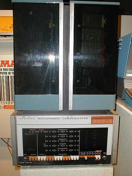 external image 450px-PDP-8.jpg
