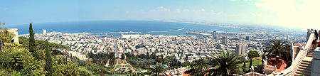 بانوراما لمدينة حيفا، من جبل الكرمل.
