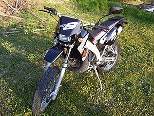 Peugeot Motorcycles - Peugeot XPS