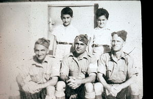 Givat Haim (Meuhad) - Yitzhak ben Aharon and other members of Kibbutz Givat Haim Meuchad, as British soldiers (between 1940 and 1946)