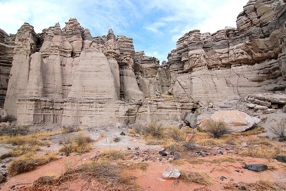 Plaza Blanca cliffs, NM